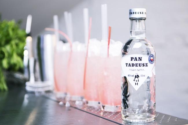 drink z rabarbarem i wódką Pan Tadeusz